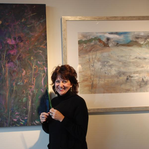 MEET JANE RUNYEON AN ABSTRACT ARTIST WITH A GREAT SENSE OF COLOR.
